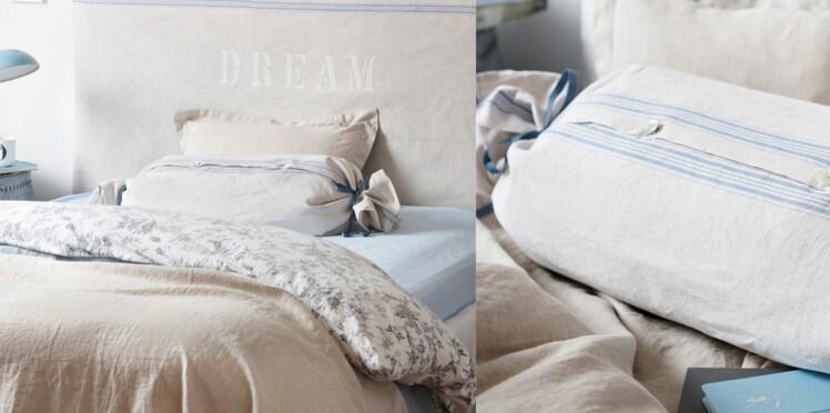 Une tête de lit et un coussin en lin