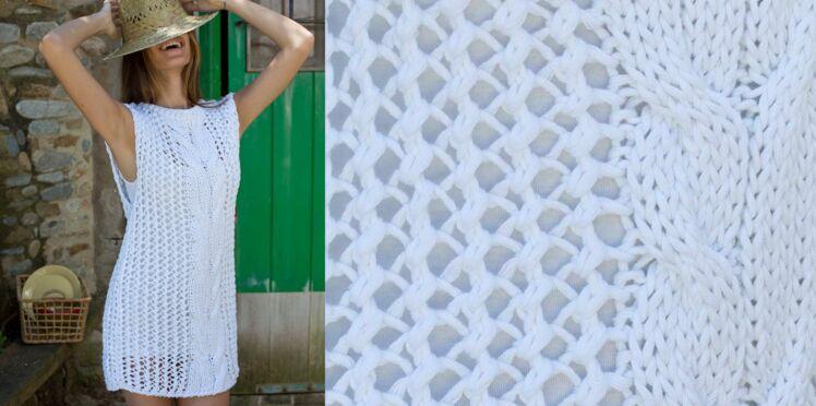 La tunique de plage tricotée