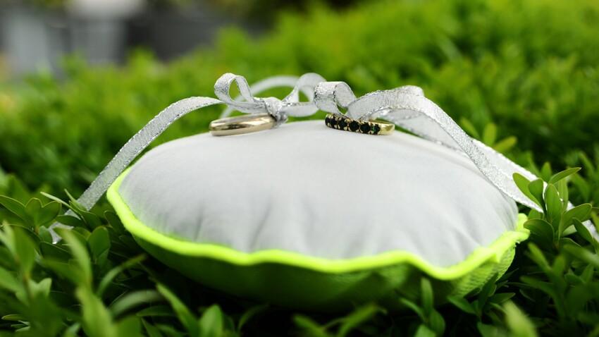 Apprendre à coudre un coussin de mariage