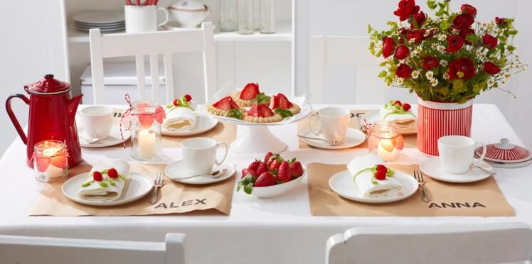 Déco de table avec des fraises