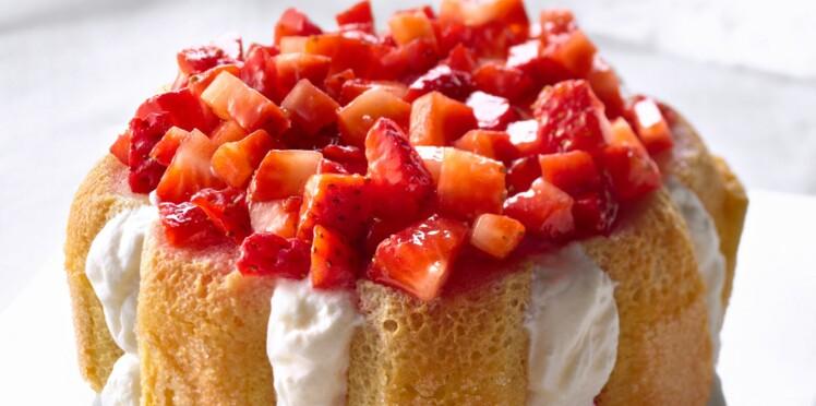 Charlotte aux fraises et fromage blanc