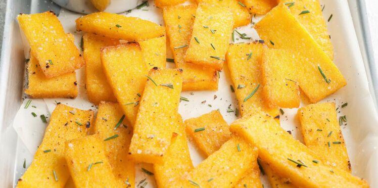 Crostini de polenta, sauce au fromage frais