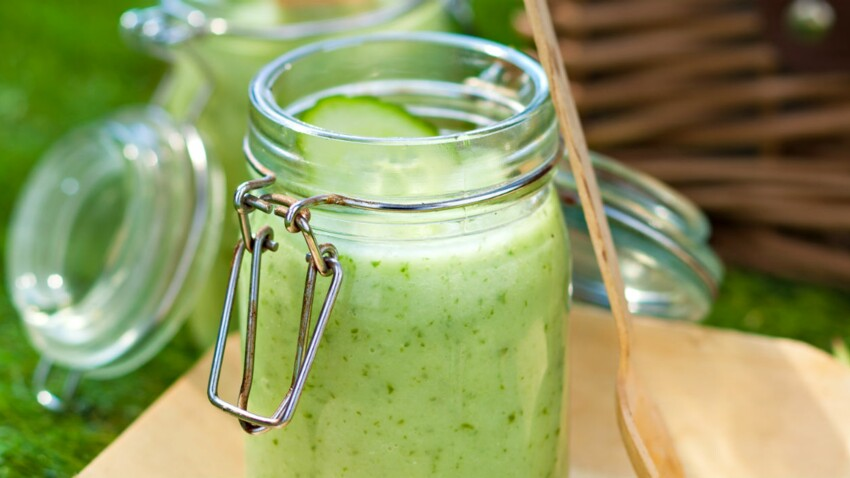 Soupe froide de concombre-menthe