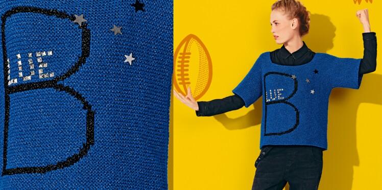Le pull bleu au point mousse et jacquard