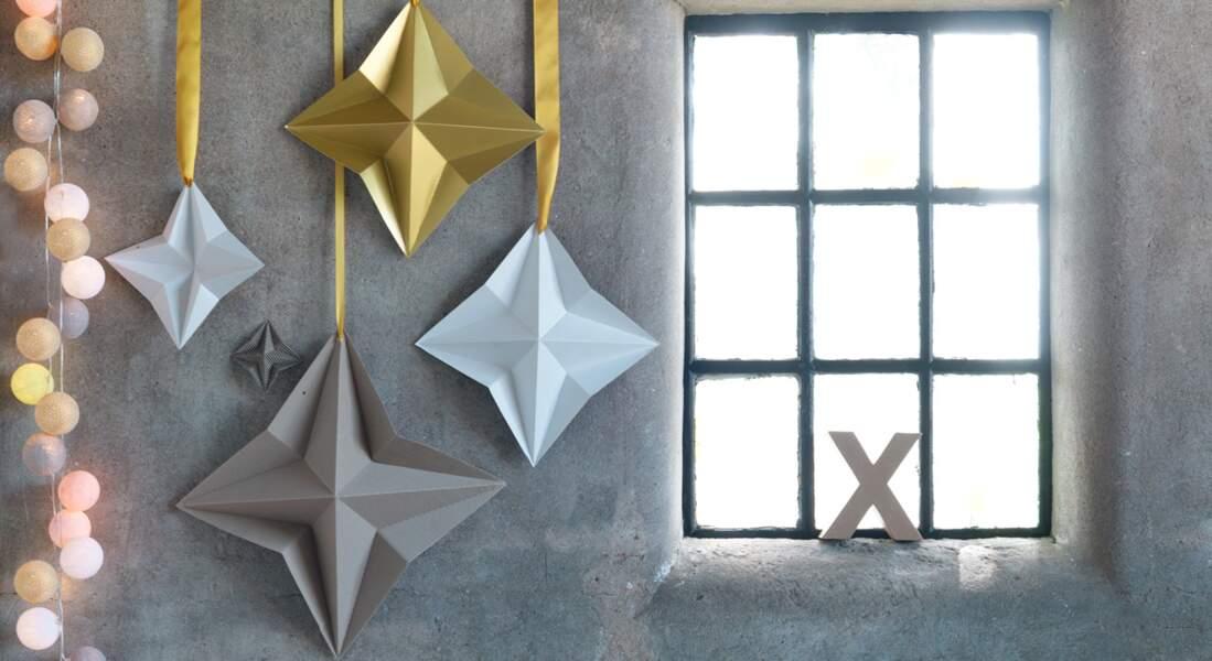 Je décore ma fenêtre avec... une étoile en origami