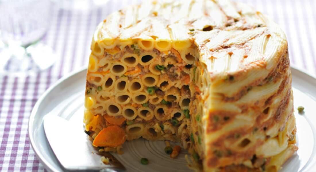 Gâteau de rigatoni au veau et petits légumes
