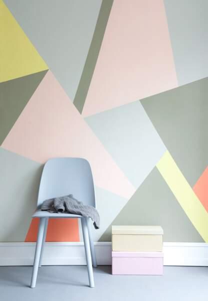 Une déco pastel et géométrique : le mur galerie d'art