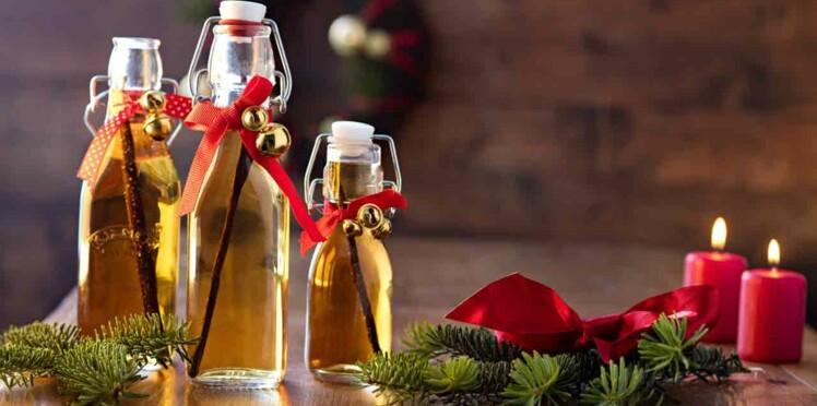 Petites bouteilles d'extrait de vanille