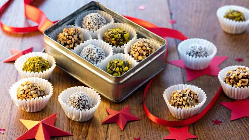 Truffes au chocolat pistache, coco et pralin