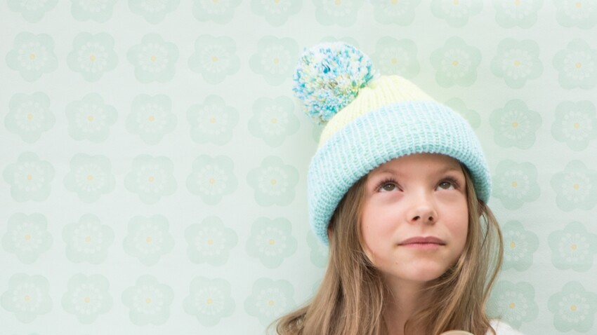 Pour Noël, un cadeau DIY : le bonnet tricoté express