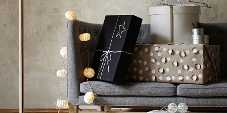 Activités manuelles de Noël : paquets cadeaux en or et noir