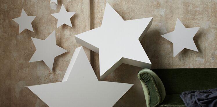 Activités manuelles de Noël : des étoiles en carton plume