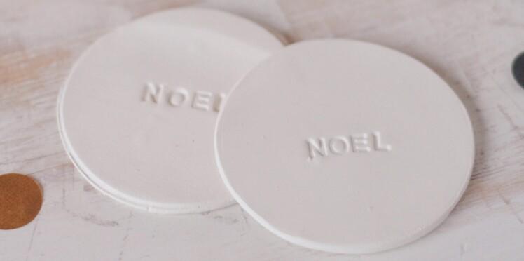 Décorations de Noël : des sous-verres en porcelaine froide