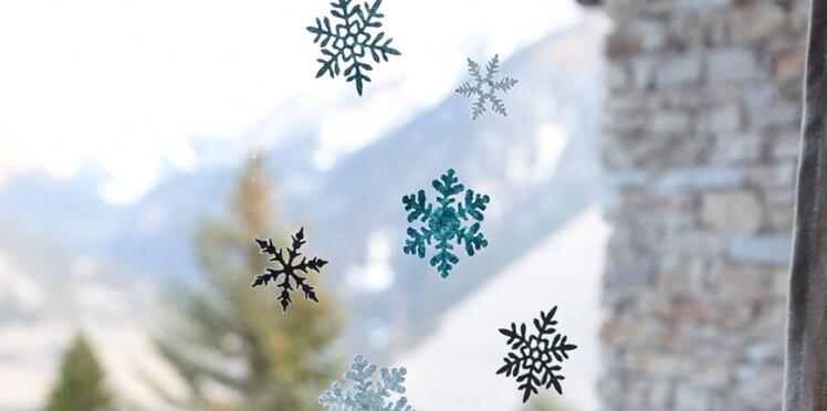 Stickers de Noël, des flocons en décor de fenêtre
