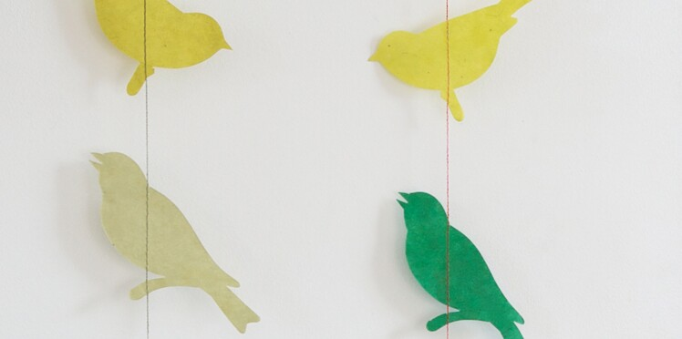 Activités manuelles de Noël : une guirlande d'oiseaux