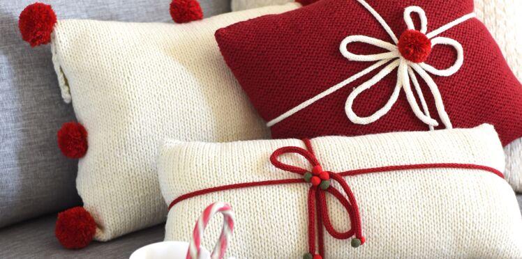 Décorations de Noël : coussin tricot-tricotin