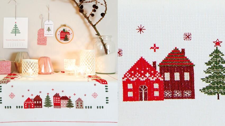 La nappe de Noël brodée