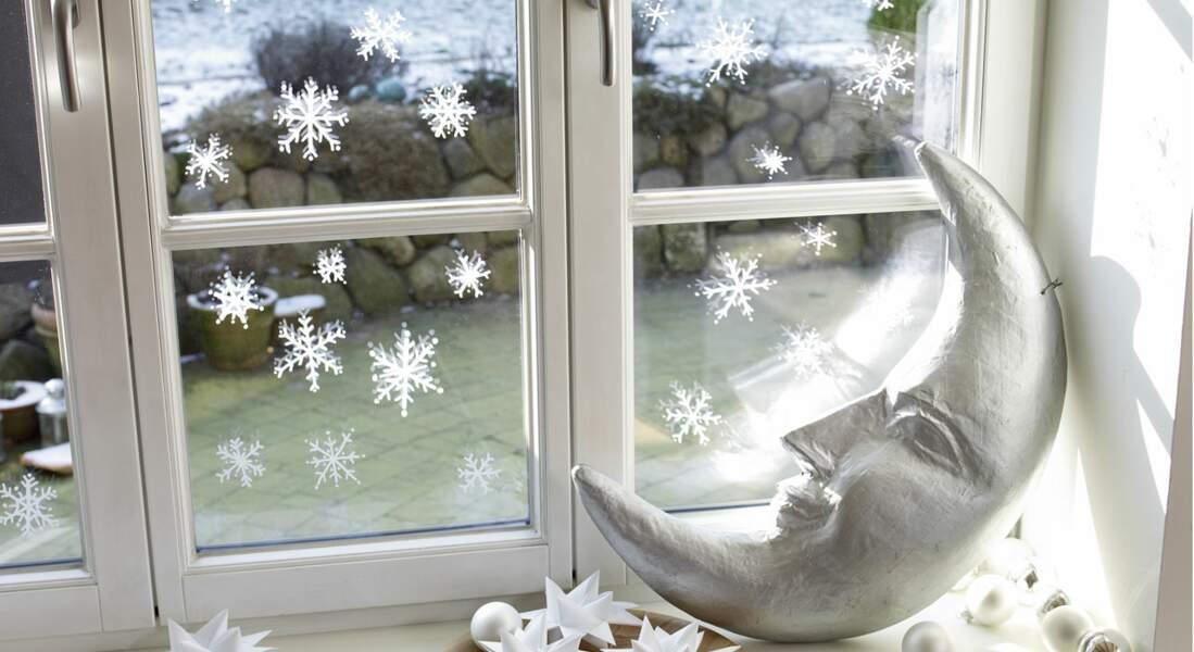 Je décore ma fenêtre avec... des flocons au marqueur