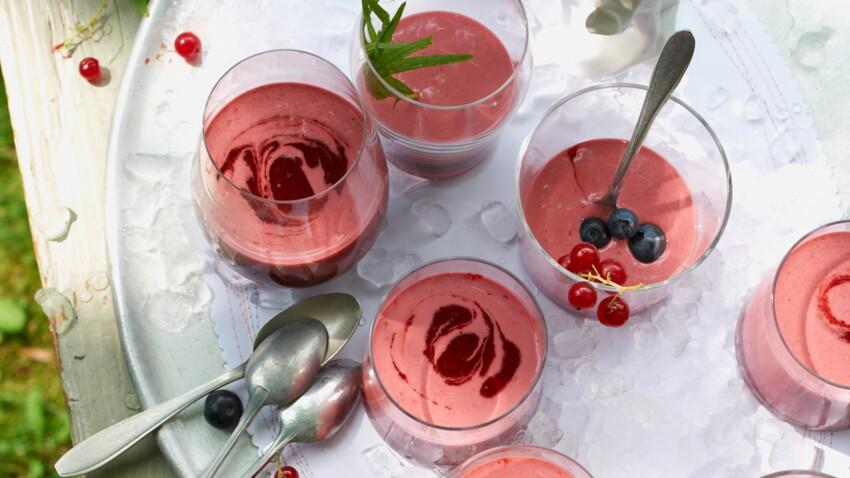 Smoothie aux fruits rouges et lait de coco
