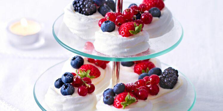 Mini pavlovas aux fruits rouges