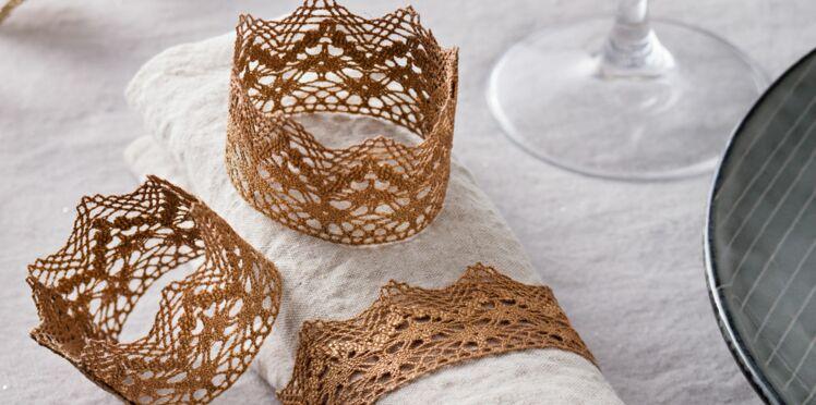 Des ronds de serviette en dentelle