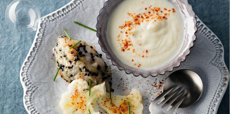 Tartare de noix de Saint-Jacques au caviar, cappuccino de chou-fleur par Hélène Darroze