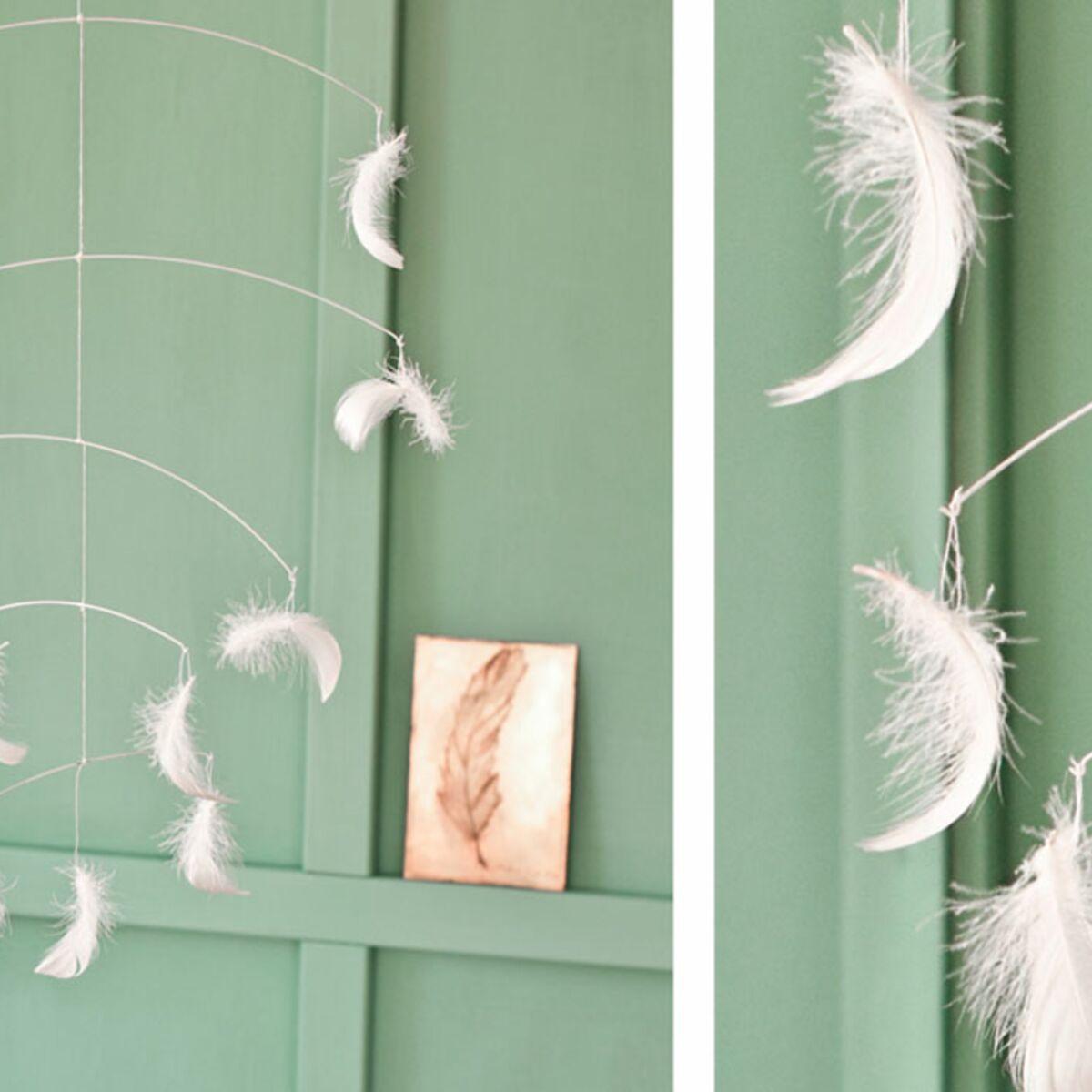 Comment Fabriquer Un Mobile En Bois un mobile en plumes à faire soi-même : femme actuelle le mag