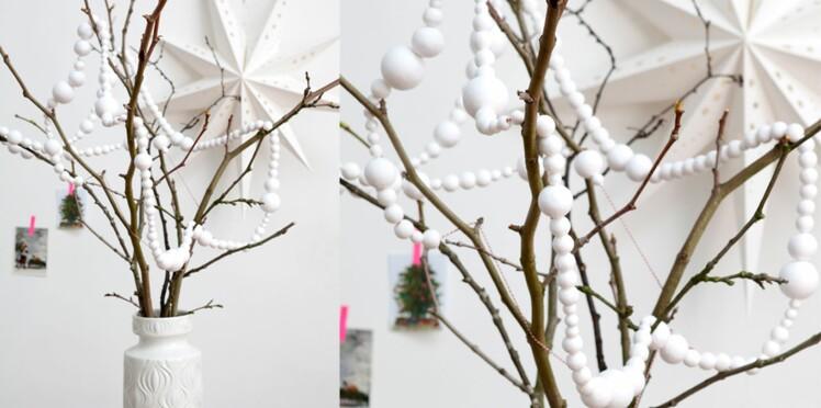 Une guirlande en cotillons pour Noël