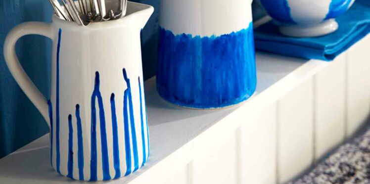 Customiser sa vaisselle avec du bleu