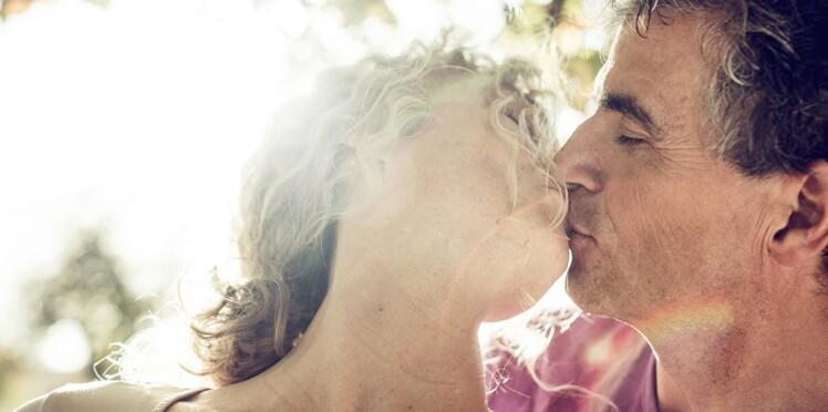 Pourquoi le baiser est plus doux les yeux fermés