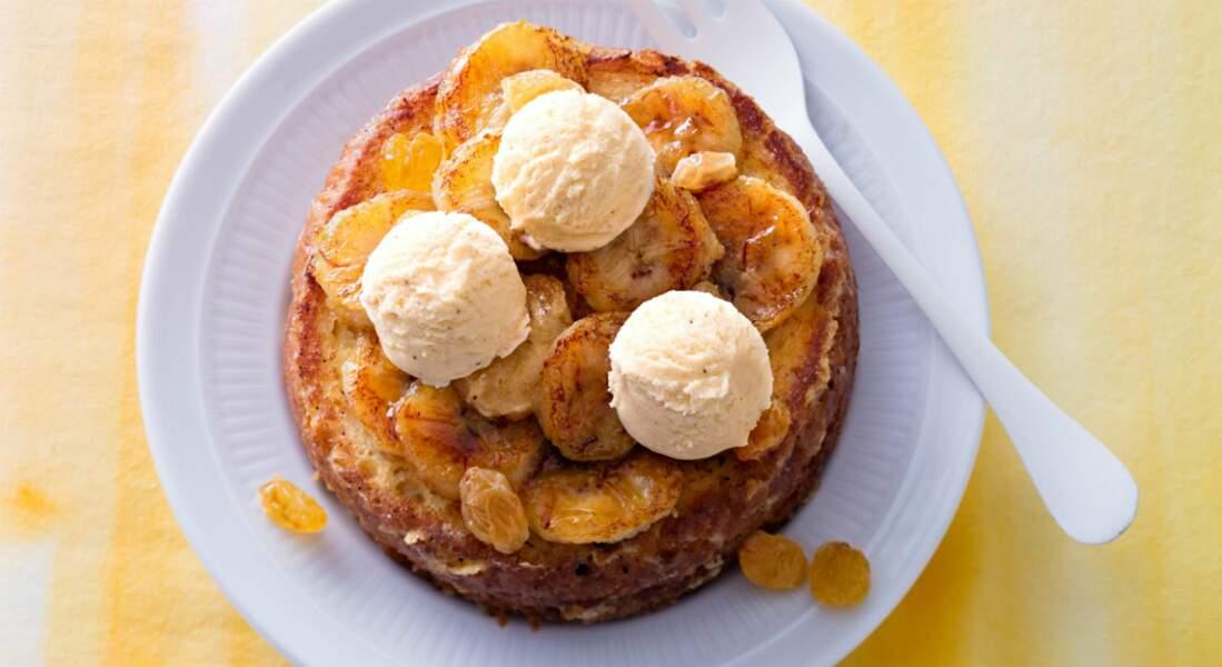 Pain perdu aux bananes, glace vanille, raisins au rhum de Cyril Lignac