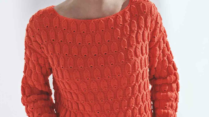 Mon pull relief orange au tricot