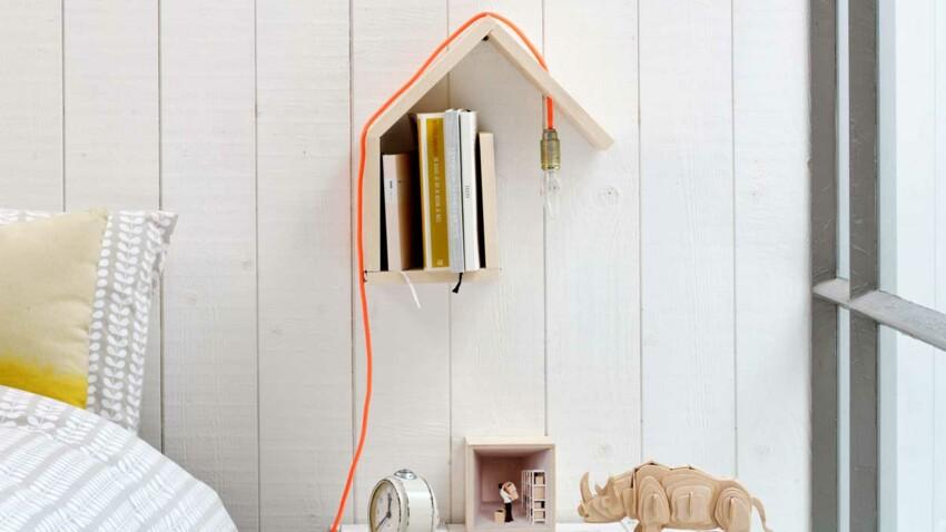 Une lampe en bois brut design