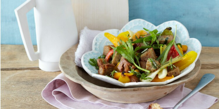 Salade croquante de poivrons rôtis à l'estragon