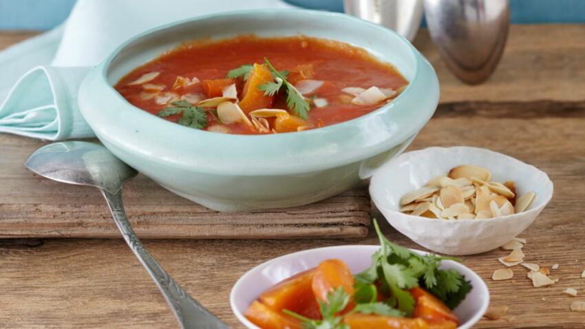 Gaspacho de tomates et abricots à la coriandre
