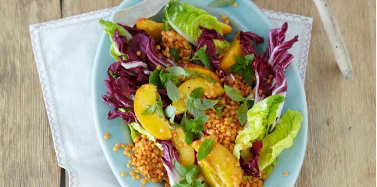 Salade fruitée de lentilles et poulet à la verveine