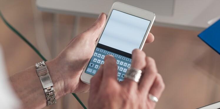 Comment programmer un SMS à l'avance ?