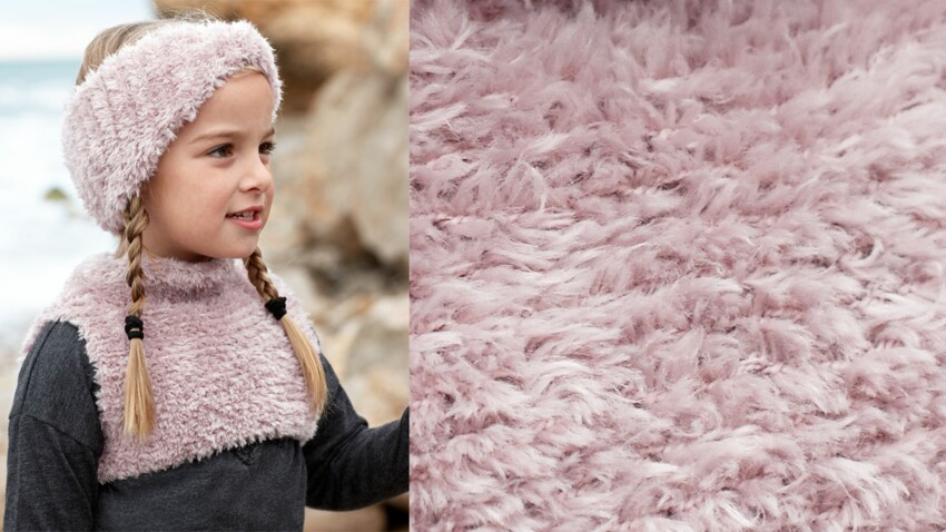 Le plastron tricoté en fil velours