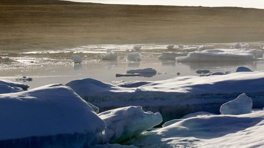 Au Canada, d'étranges bruits surgissent de la glace…