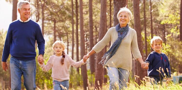 S'occuper de ses petits-enfants aide à rester jeune