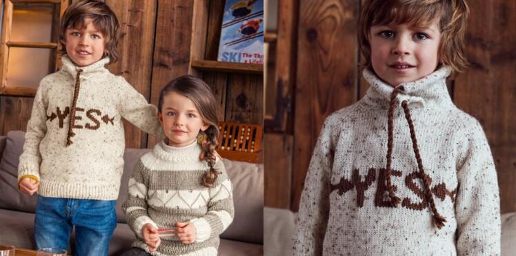 Le pull col montant brodé pour enfant