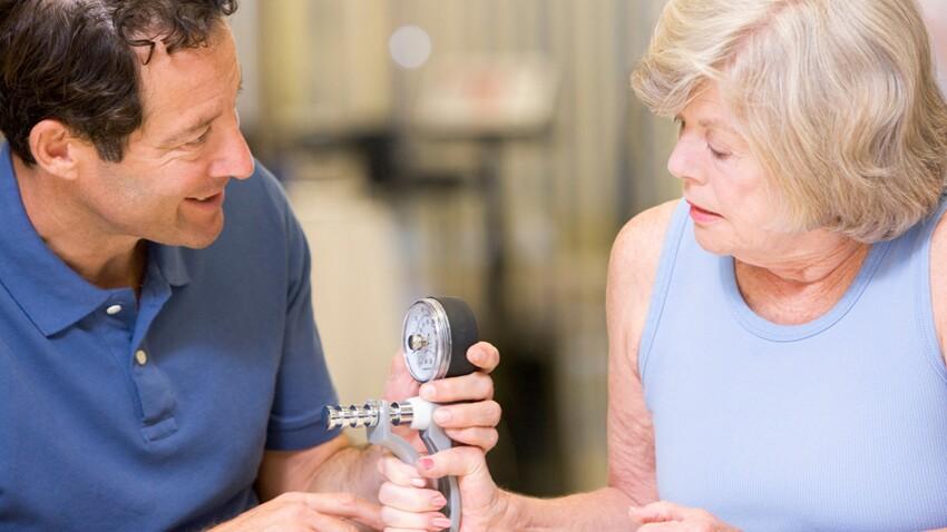 Alzheimer : vers une prise en charge à domicile ?
