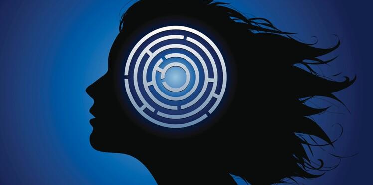 AVC chez la femme : les signes qui doivent alerter