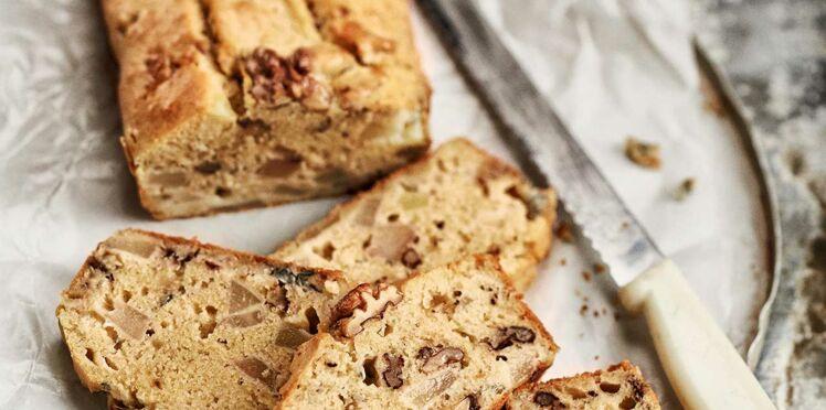 Cake aux noix, poire et gorgonzola
