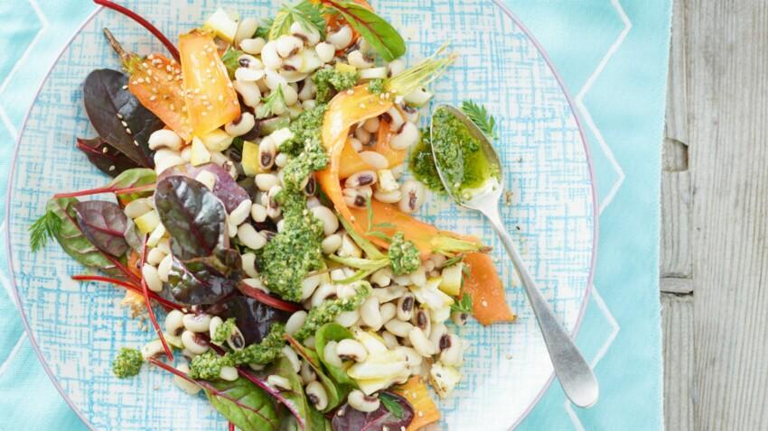 Salade italienne aux tagliatelles de carottes et pesto frais