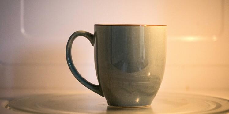 Le thé chauffé au micro-ondes, meilleur pour la santé ?