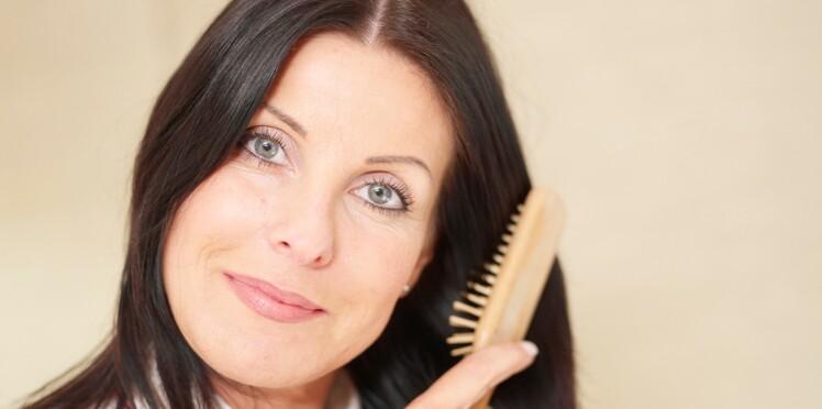 Cheveux : 5 réflexes antichute