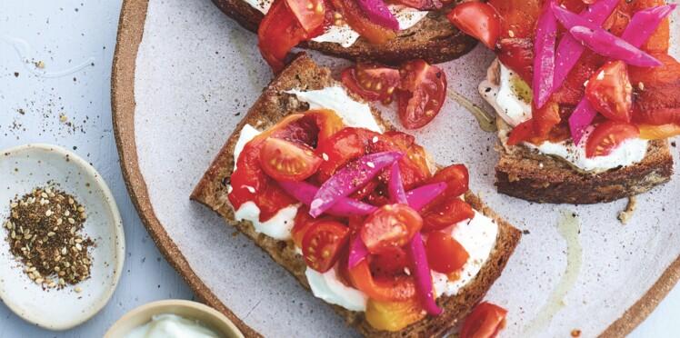 Tartines veggie libanaises aux poivrons rouges