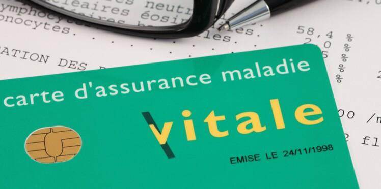 Carte Assurance Maladie Refaire.Internet Une Arnaque A La Carte Vitale Femme Actuelle
