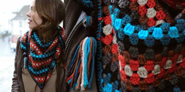 Le chèche coloré au crochet